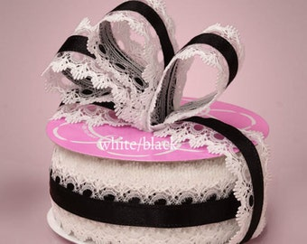1 1/2 inch wide Lace Ribbon black/white  price for 1 yard