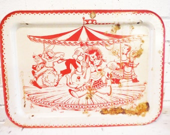 Vintage tv tray breakfast in bed circus carousel red white mid century shabby