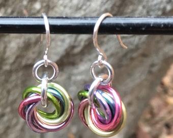 Single Mobius earrings