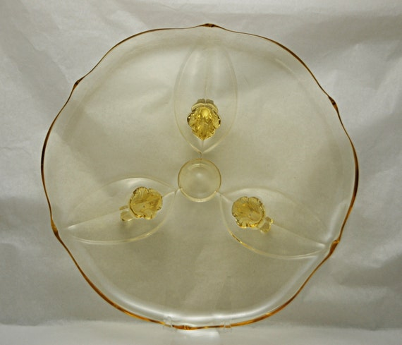 """Vintage LANCASTER Glass Co LANDRUM TOPAZ 3 Toed Cake, Chop, or Sandwich Platter Ca 1930s 10 5/8"""" Di V G Vintage Condition No Cracks r Chips"""