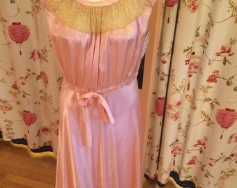 Pretty in Pink! 1940s Satin Gown