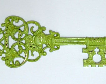 Vintage Green Key Wall Hanging..Antique Style Key