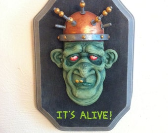 It's Alive! Wall Hanging Sculpture
