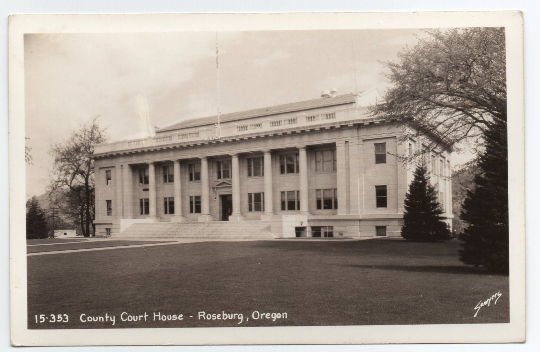 Douglas County Courthouse Roseburg - Oregon