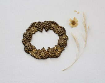Vintage Decorative Brass Wreath - Brass Hardware Details - Brass Grape Wreath Jewelry Findings