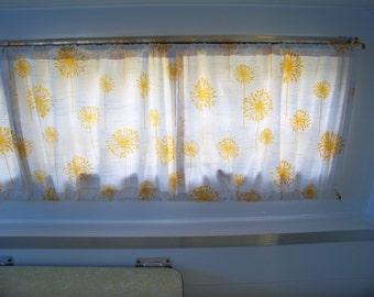 Vintage Camper Curtains, Shasta, Scotty, ETC..