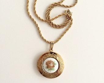 1990s Gold Rose Locket Necklace