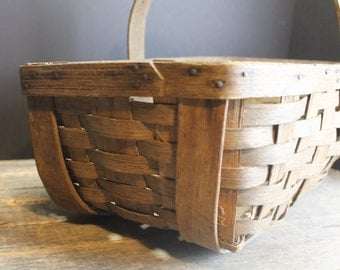 Vintage Primitive Basket Farm House Gathering Basket // Market Basket // Wood Handle and Bottom // Aged Patina