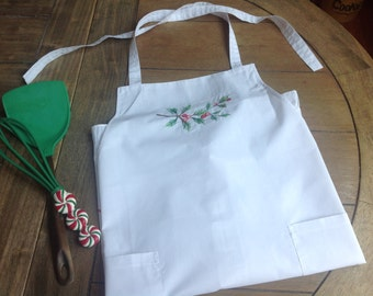 Christmas APron Made exclusivley for Macys White with Pretty Holly Berries, Ruffles and Two Pockets