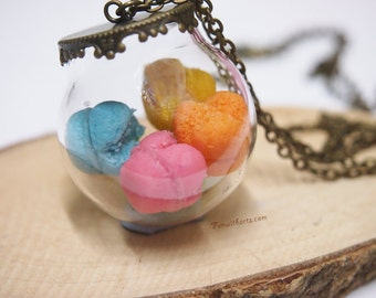 Huat Kueh In Globe Necklace/Plate for Dollhouse