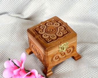 Jewelry box Wooden box Ring box Wood box Wedding ring jewellery box Wood carving Jewelry boxes Wood boxes Wedding gift box boite bijoux Q13