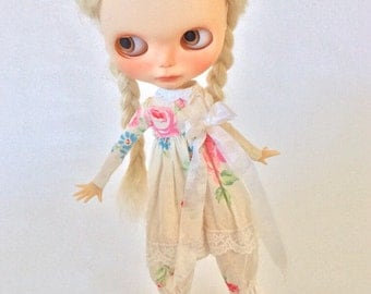 Sweet Shabby Chic Overalls for Blythe Neemo