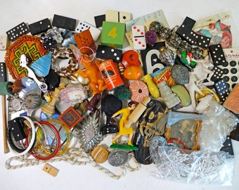 3lb Destash Lot of Vintage Jewelry beads toy for craft Supplies