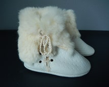 Vintage Baby Shoes - White Fur Trimmed Shoes - Infant Shoes - Vintage Baby Booties - New Vintage Baby Shoes