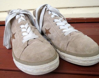 Converse sneakers vintage Sand/Camel Suede Size US 7.5 Mens/ US 9 Womens