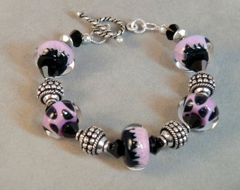 SALE! Pink, black and silver, dot swirl lampwork beaded bracelet, boho pink polka dot, Pink Leopard boho chic bracelet black wisteria beaded