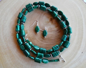 32 Inch Two Tone Green Malachite Necklace with Earrings