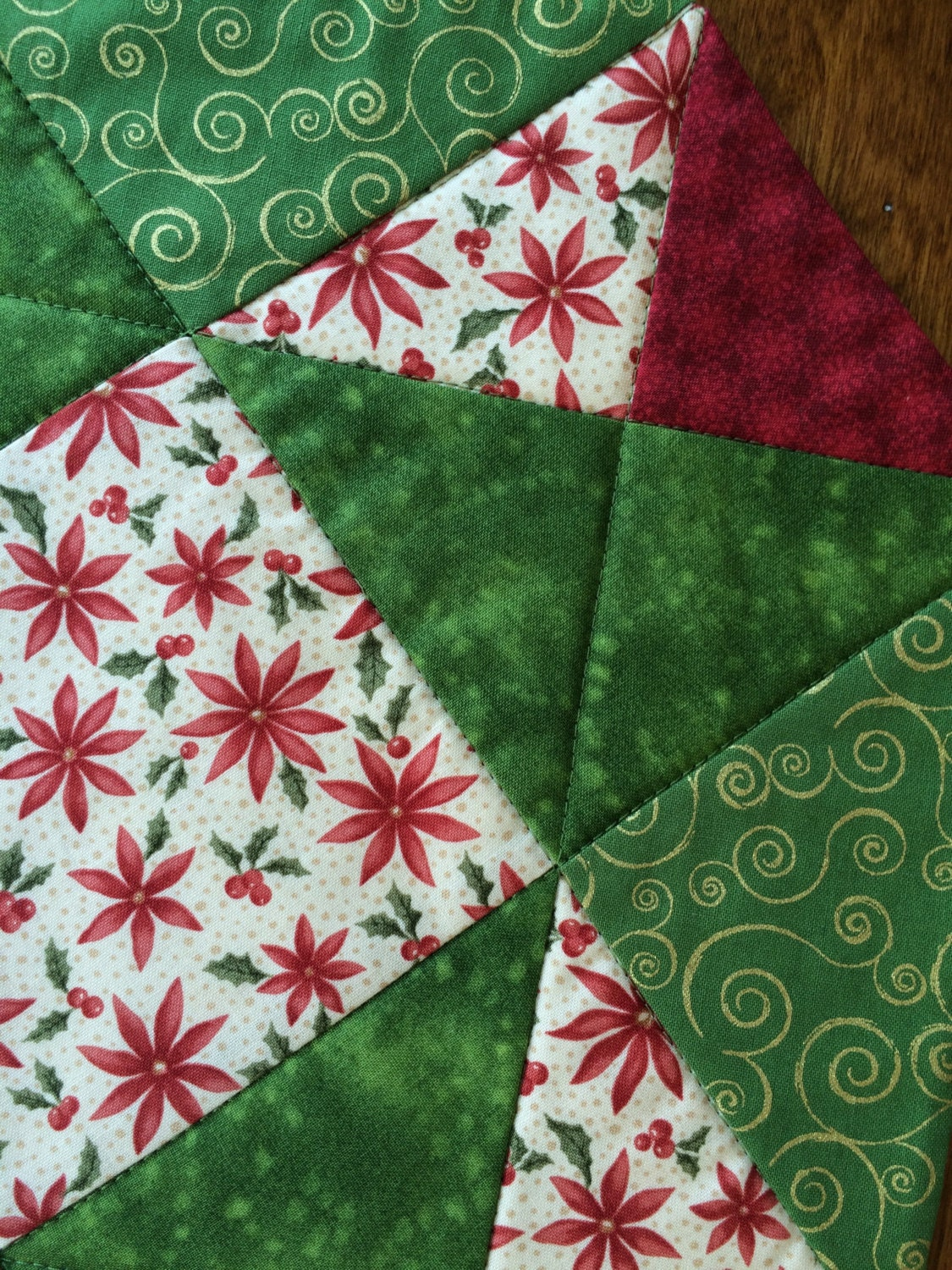 Christmas Red Green Amp Beige Poinsettia Quilted Table By