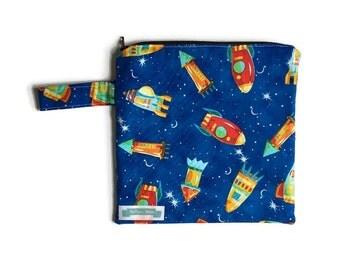 Small Wet Bag for Cloth Diapers, Baby Boy Wet Bag, Wet Swimsuit Bag, Reusable Diaper Bag