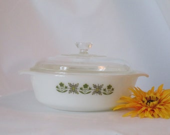 Vintage Fire King Lidded Casserole Dish 1 1/2 Quart