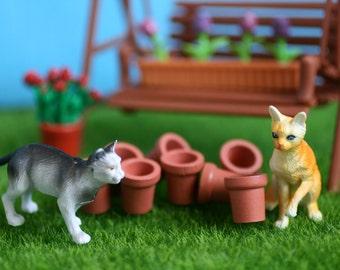 Miniature Flower Pots, Miniature gardening, Miniature Terra Cotta Flower Pots, Doll House Scale.