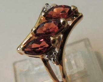 10 Carat Rhodolite Garnet Ring, Size 6