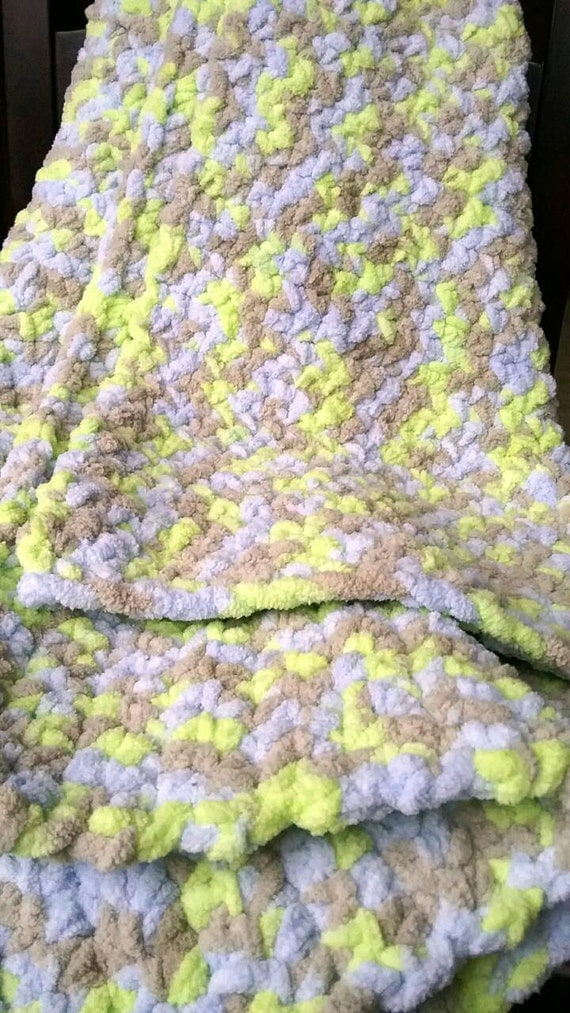 Crochet Marshmallow Baby Blanket or photo Prop by