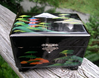 Vintage Black Lacquer Japan Jewelry/Music Box - 1950's Asian Oriental Treasure Chest - Collectible Japanese Vanity Decor
