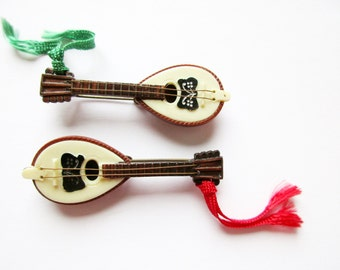 Set of 2 Pieces German Vintage Bavarian Guitar Hat Pin Brooch Jewelry from the 60s