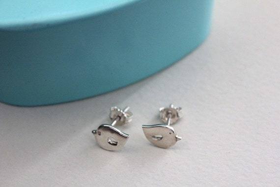 Tiny bridal studs. Everyday tiny studs Love birds jewelry Silver bird earring Bird post earrings Nature jewelry Woodlands jewelry