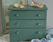 Vintage Small Chest Small Wood Chest Small Tabletop Cabinet Small Green Chest Jewelry Chest Small Storage Chest Painted Chest