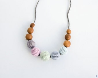 Petite Babywearing / Breastfeeding Necklace, Baby Teether, Applewood, Pastel Colors - FrejaToys