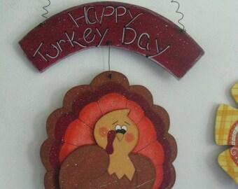 Happy Turkey Day, turkey,  wall decor, wall hanging,  Thanksgiving, door decor
