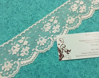 1 yard of 2 1/2 inch Vintage off white chantilly lace trim for bridal, veils, altered couture, costume by MarlenesAttic - Item 4Q