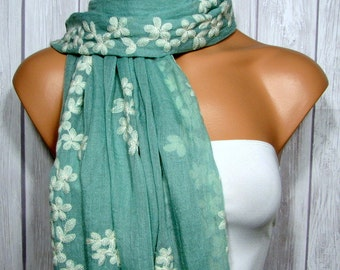 Eucalyptus Rectangle Scarf for Women, Sage Green, Cream Floral, Women's Boho Viscose Flower Fabric Scarves or Table Runner