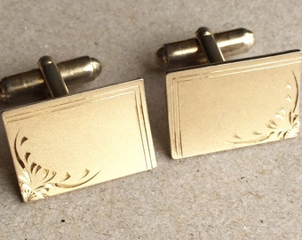 sweet vintage textured surface gold tone metal engraved rectangular men's cuff links