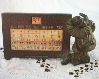 Ornate Antique Bronze Desk Perpetual Calendar 1920's era ~ Featuring a Detailed Pierrot w/ Lute Instrument ~ Rare / HTF Italy Paris Inspired