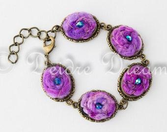 Boho Cabochon Bracelet, Charm Bracelet, Bead Bracelet, Pink Felt Bracelet, Boho Bridal Jewelry, Eco Friendly Wedding Jewelry, Fiber Jewelry