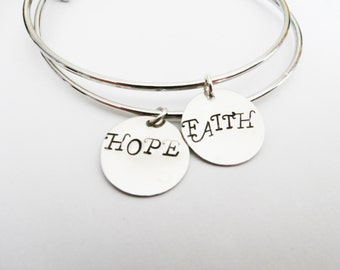 Name Bangle Bracelets, two Best Friends Bracelet Set 2 Bracelets Friendship Jewelry, Gift Best Friend Jewelry, mom and daughter, stacking