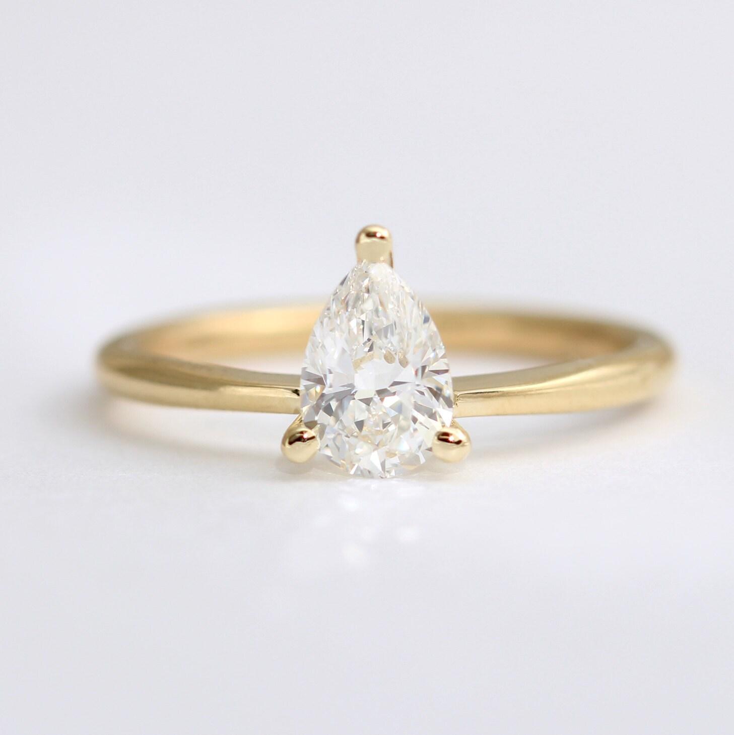 Fresh Diamond Engagement Ring Pear