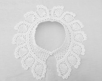 Crochet Peter Pan collar,women fashion accessory,crochet jewelry,detachable white lace collar,gift for her,vintage inspired elegant necklace