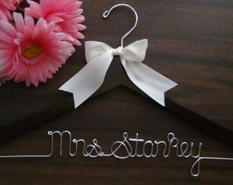 BRIDAL WEDDING HANGERS Custom Made with Names, Personalized Keepsake Hanger, Bridal Shower Gift Idea, Wedding Photo Props