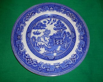 """One (1), 9 3/4"""" Dinner Plate, from Alfred Meakin, in the Old Willow Blue Pattern."""