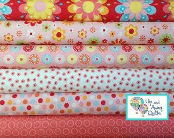 Just Dreamy 2  Red, Pink & Cream Fat Quarter Bundle