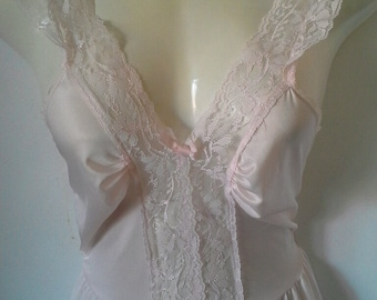 Vintage pale pink nightie sml
