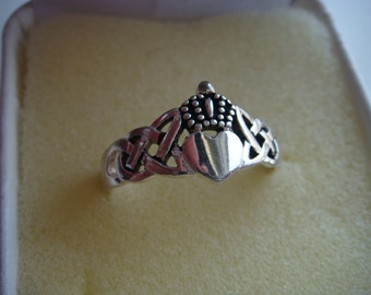 Claddagh Ring in Silver