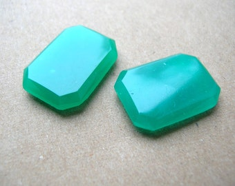 Green Art Deco Glass Cabochons - Rectangle Cabochon - 17x24mm
