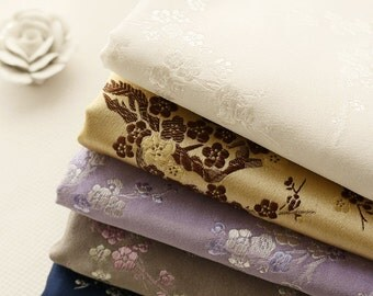 """Sale- Floral Brocade Fabric, White Pink Plum Blossom Flower On Lilac Purple Grey Pink For Kimono Dress - 1/2 yard 18""""X29"""""""