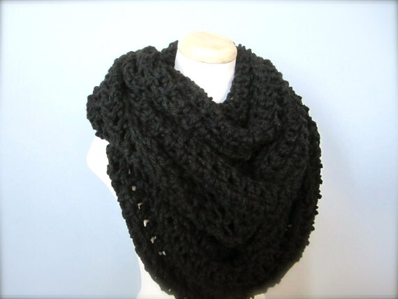 Crochet Chunky Thick Extra Long, Handmade Basic Black Cowl Infinity Scarf, Women's Scarf, Men's Scarf, Unisex Scarf