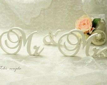 White Wedding Sign Mr & Mrs, Wooden letters table decor, Wedding gift
